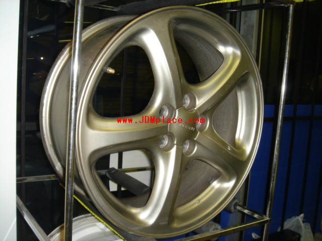 RI25003 - JDM BE/BH Legacy B4 17x7 5x100 +53 offset wheels in bronze colour, clears Subaru 4/2pot brakes.