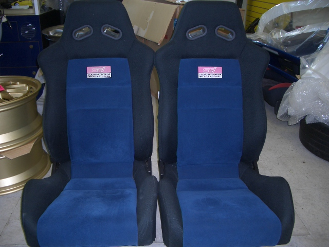SE170004 - SUPER Rare JDM STI optional Recaro seats with rails, in blue/black.
